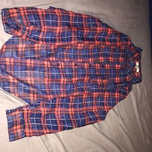 Light-weight plaid tie front button up